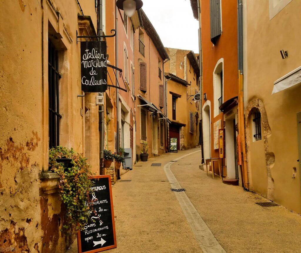 France Provence Roussillon street