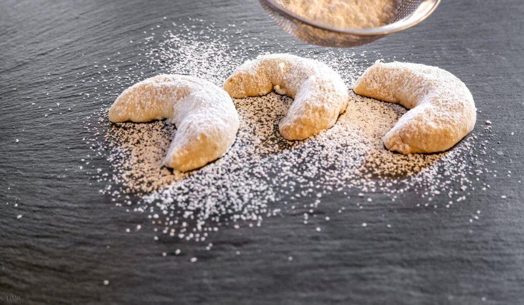 Vanillekipferl German crescent cookies sugar dusting
